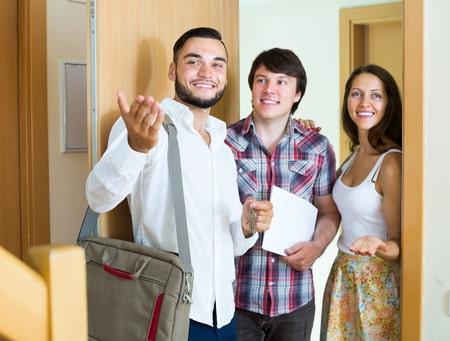 """""""Die Wohnung ist unverletzlich"""". Dieses steht in Art. 13 des Grundgesetzes. Das Hausrecht in Ihrer Wohnung hat der Mieter.  - jackf / 123RF"""