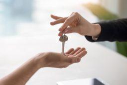 Mietvertrag: fristlose Kündigung wegen Nichtübergabe des Mietobjekts