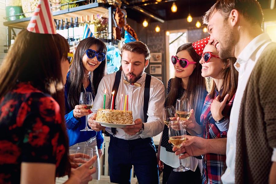 Unterlassung von Lärmbeeinträchtigungen durch Feiern in benachbartem Vereinsheim