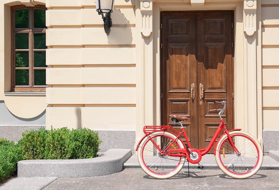 WEG-Anlage - Transportverbot von Fahrrädern durch Treppenhaus zulässig?
