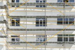 Mietverhältnis - Unterlassung von Immissionen und Entfernung eines Baugerüsts wegen störender Baurabeiten