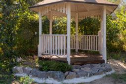 Pavillonbeseitigung eines Mieters im Vorgarten - Verwirkung des Beseitigungsanspruchs