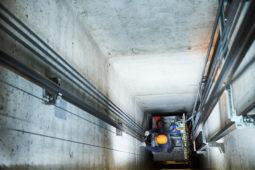 Modernisierungsarbeiten - Anbau eines Aufzugs