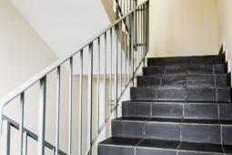 Mietvertragskündigung bei verbotswidriger Treppenhausnutzung