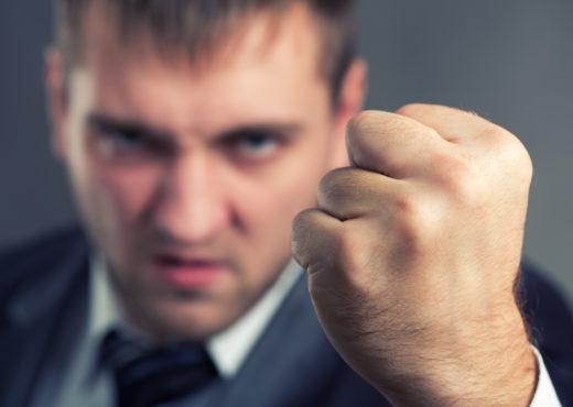 Tätliche Auseinandersetzung zwischen Mieter und Vermieter – fristlose Kündigung?