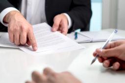 WEG: Anwaltsbeauftragung zu 250 Euro/Std. stellt keine ordnungsgemäße Verwaltung