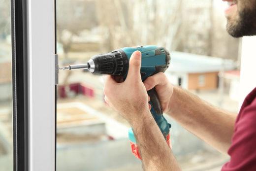 Mietwohnung - Anbohren der Fenster - Schadensersatz