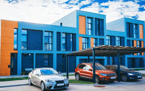 WEG - Unterlassungsanspruch gegen falsch parkenden Wohnungsmiteigentümer