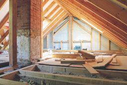 Fristlose Kündigung Mieter bei illegalem Ausbau Dachgeschoss